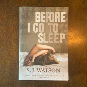 Before I go to sleep soft cover book 📖